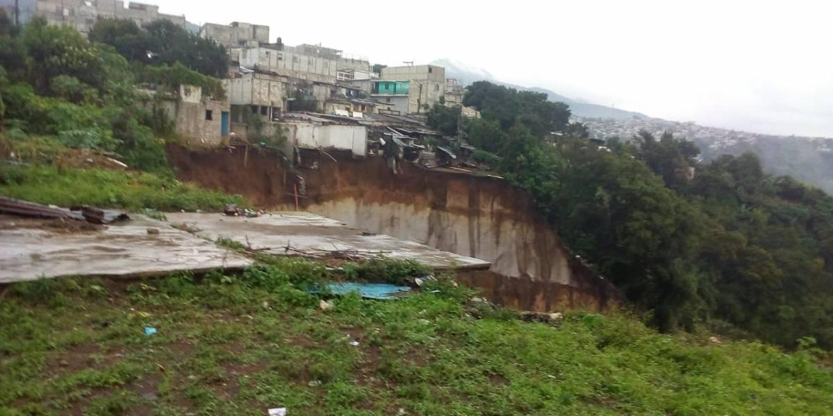 VIDEO. Viviendas quedan destruidas por deslizamiento en Ciudad Peronia