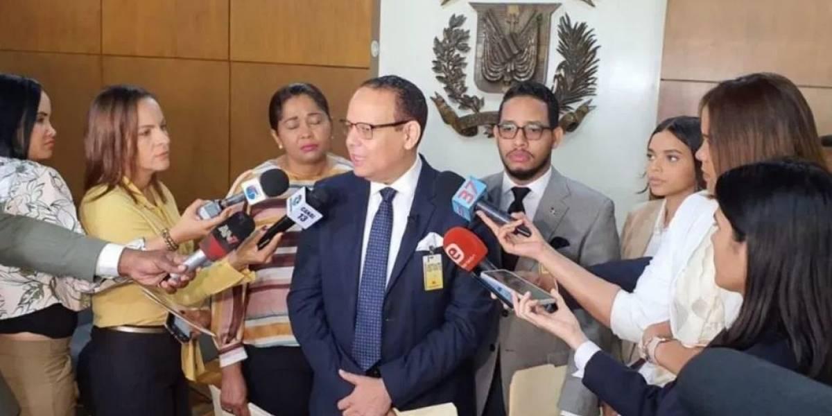 FJT intima a JCE para que obligue a partidos cumplir ley cuota de género