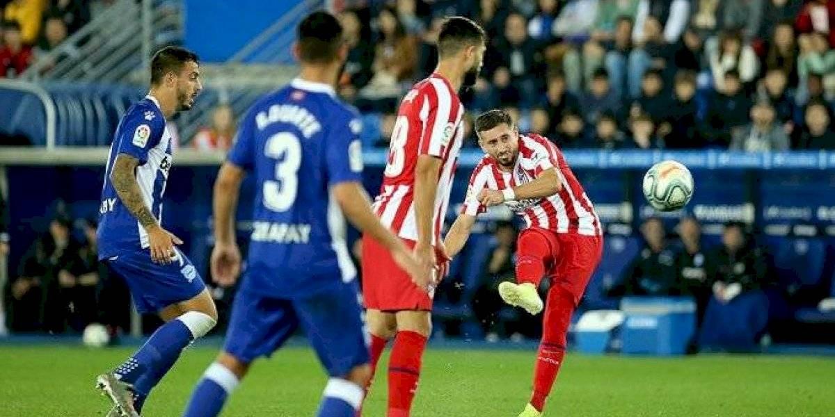 Héctor Herrera fue titular en el empate del Atleti ante el Alavés