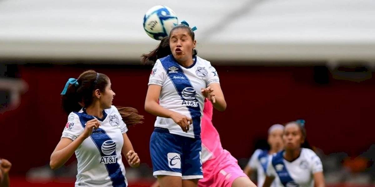 Comisión Disciplinaria niega mala fe de árbitro con jugadoras del Puebla femenil