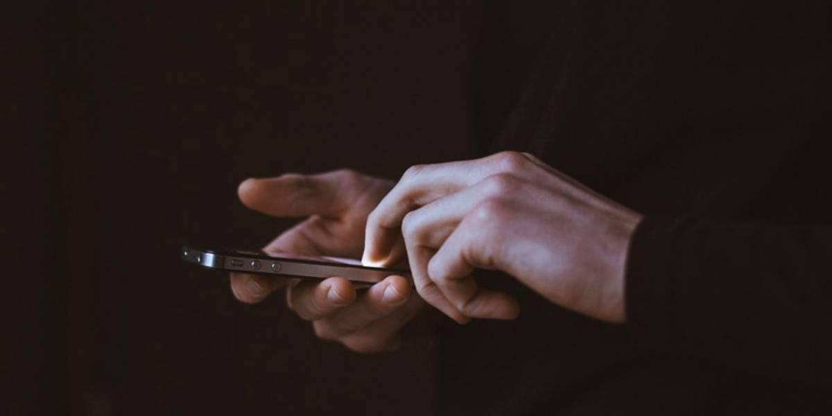 Internet: Mujer manda mensaje a su padre fallecido por 4 años y recibe respuesta