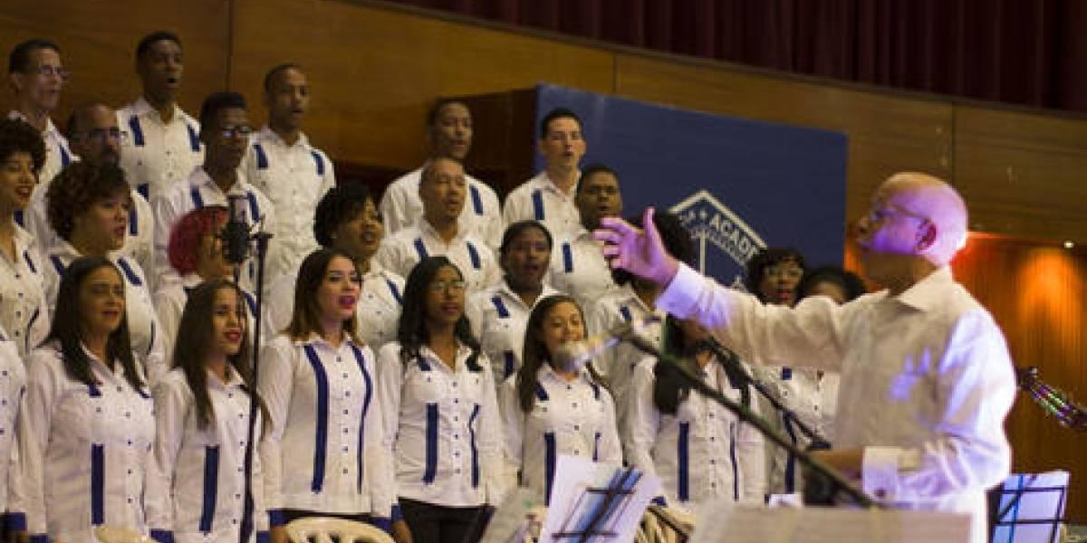 """Concierto """"70 Aniversario Coro Universitario"""" fue realizado en la UASD"""