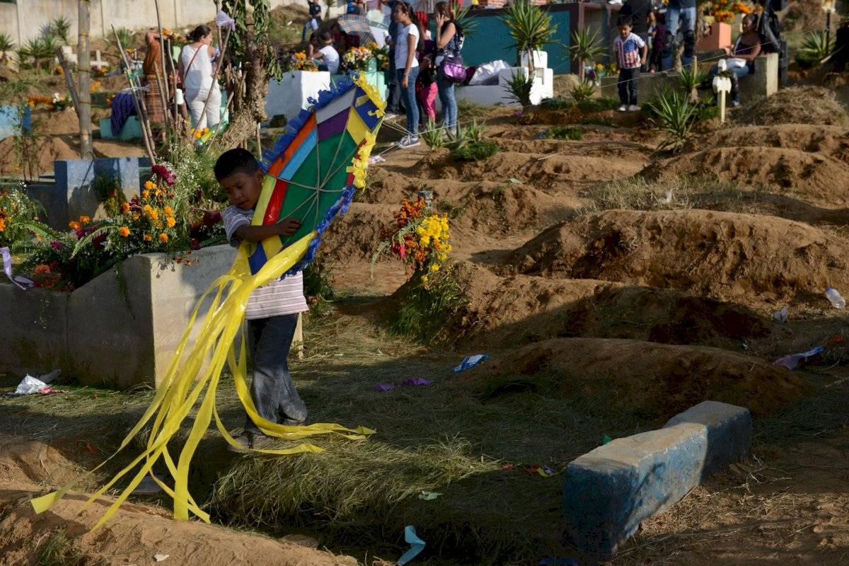 Cementerio, barrilete