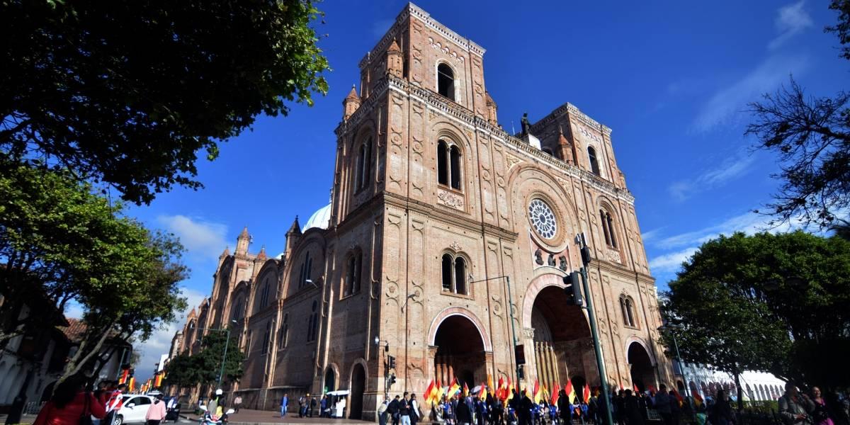 Cuenca conmemora 199 años de Independencia