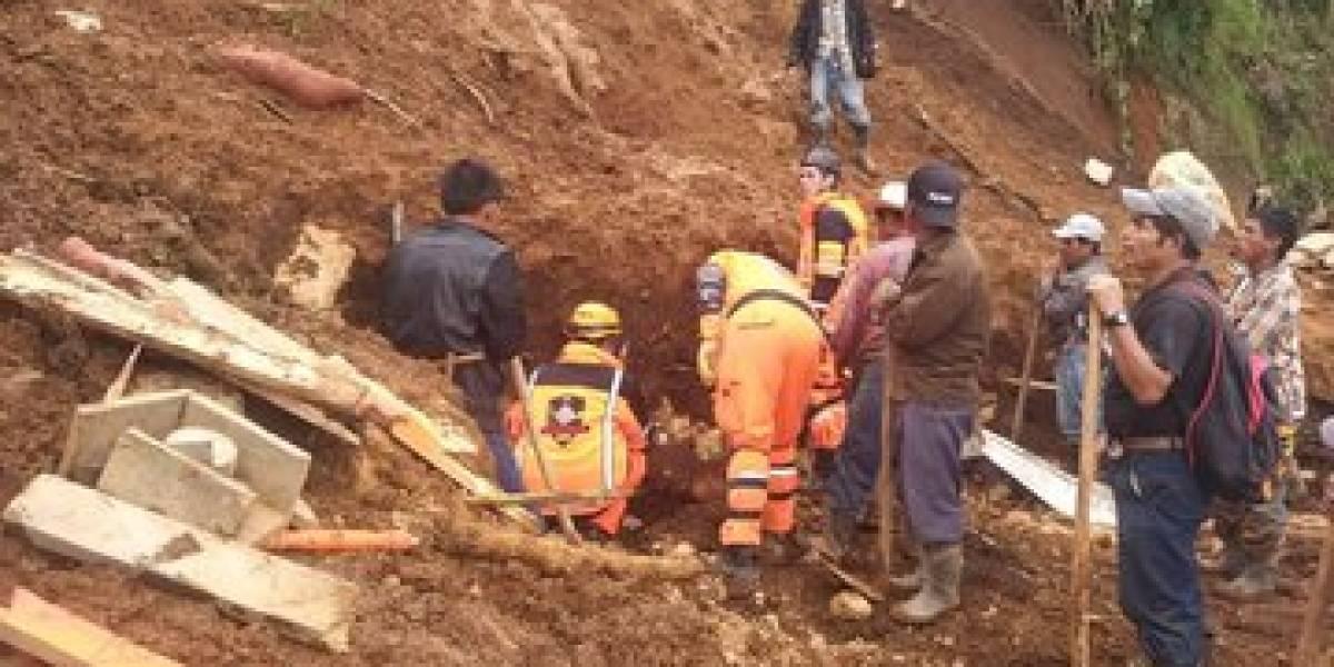 Hombre y sus tres hijos mueren por deslizamiento en Huehuetenango