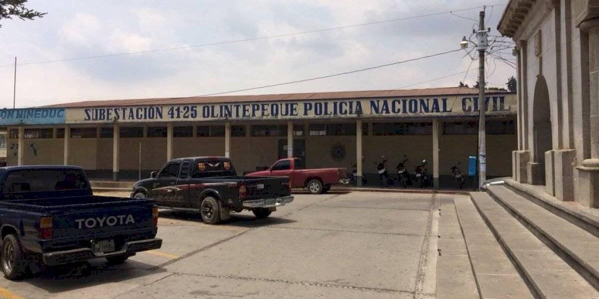 Olintepeque: Dos policías a cargo de dar seguridad a más de 35 mil personas