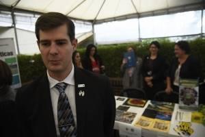 La organización Partners of the America financia las investigaciones de estudiantes, dijo Ukiah Busch.