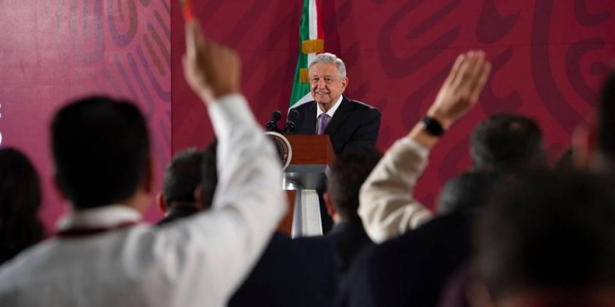 """""""Le muerden la mano a quien les quitó el bozal"""": AMLO"""