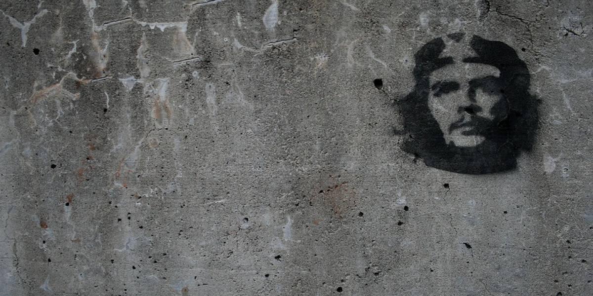 Piden abolir los símbolos comunistas en sitios públicos de España