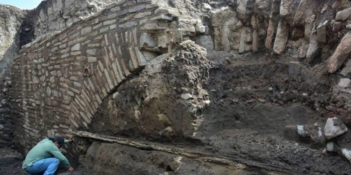 México: Descubren túnel azteca secreto de más de 600 años