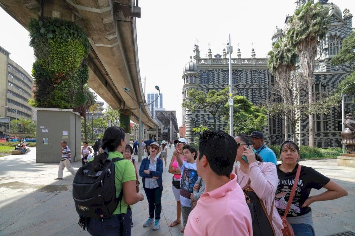 Turiwalking Medellín caminatas guiadas