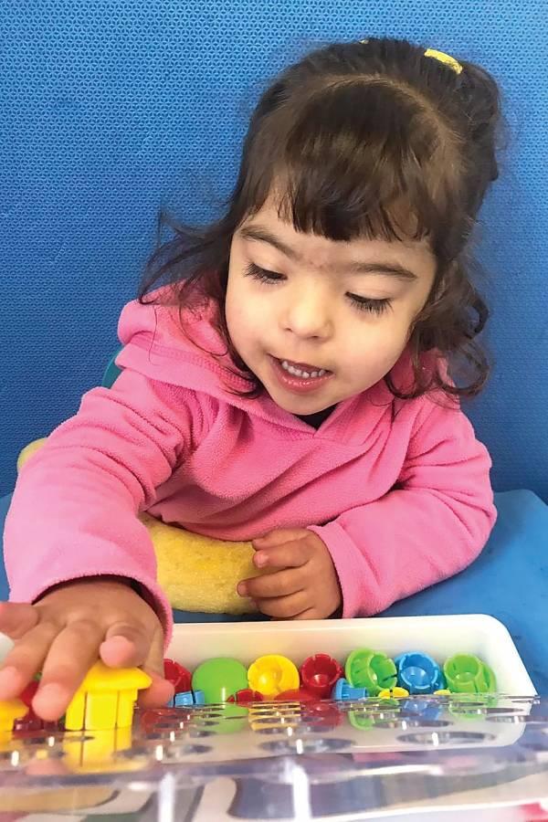 Giovanna, filha da jornalista Camila Castro Alvarenga