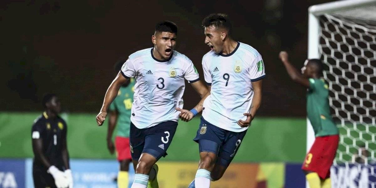 Argentina le dio vuelta el partido a Camerún y ya mira de reojo la clasificación en el Mundial Sub 17