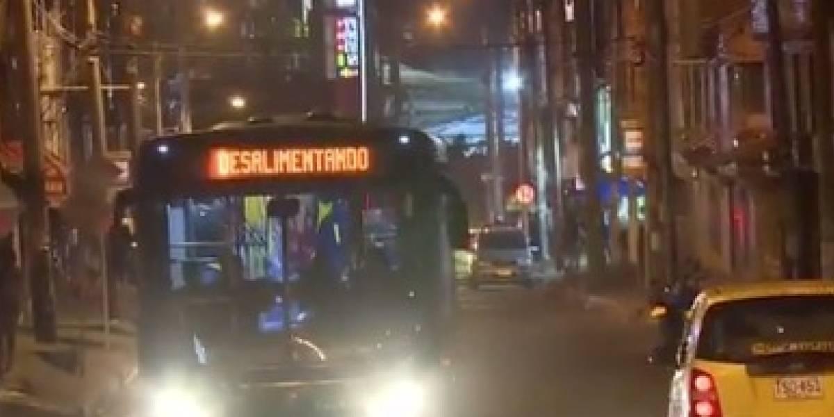 Delincuentes asesinaron a un pasajero en medio de un asalto masivo a un bus del SITP