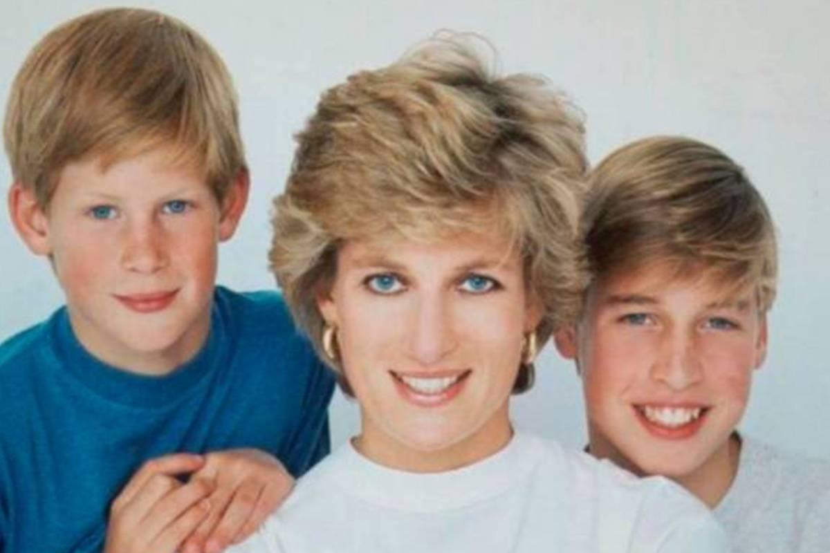 Así fue como la princesa Diana se enfrentó a la reina Isabel y el ...