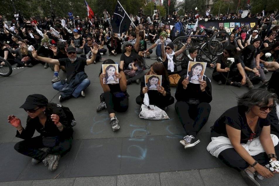 Chile da marcha atrás a rebaja de impuesto a ricos