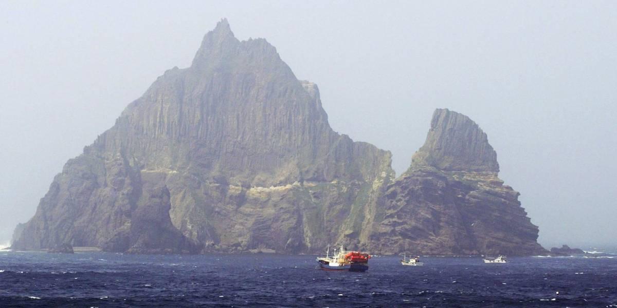Helicóptero que levava seis sul-coreanos cai no mar do Japão
