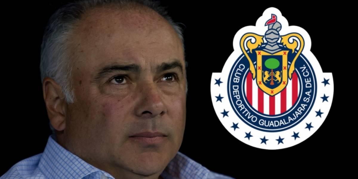 Guillermo Vázquez, otra opción para dirigir a Chivas