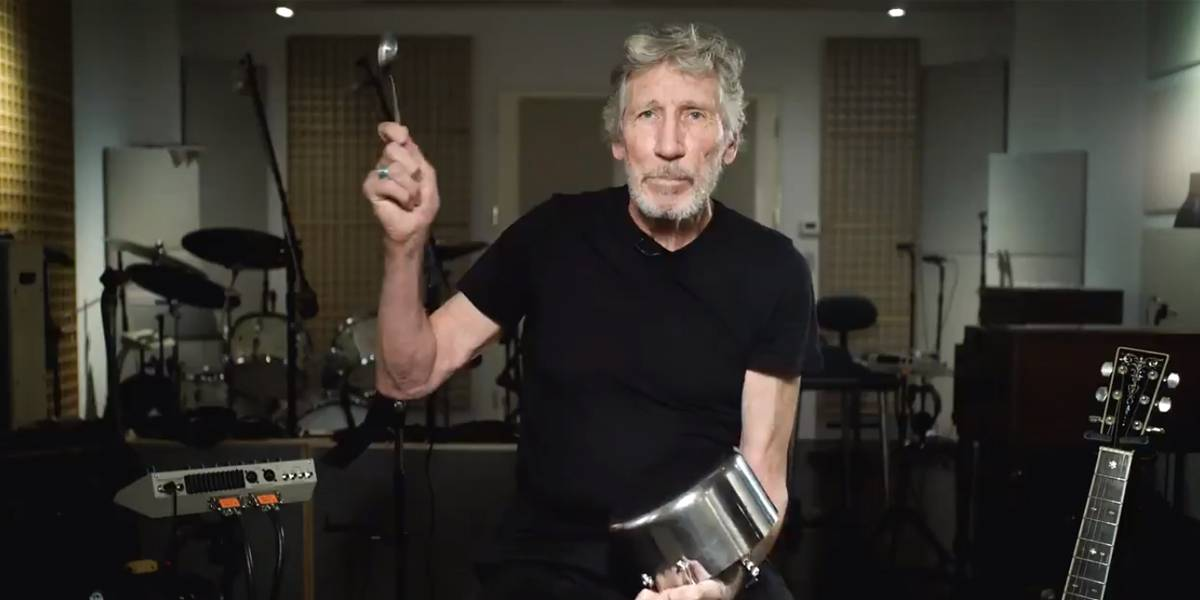 Mejor que The Wall: Roger Waters se une a Chile y toca la cacerola