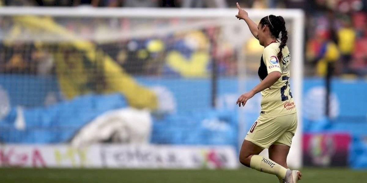 Futbol mexicano da el último adiós a Diana González