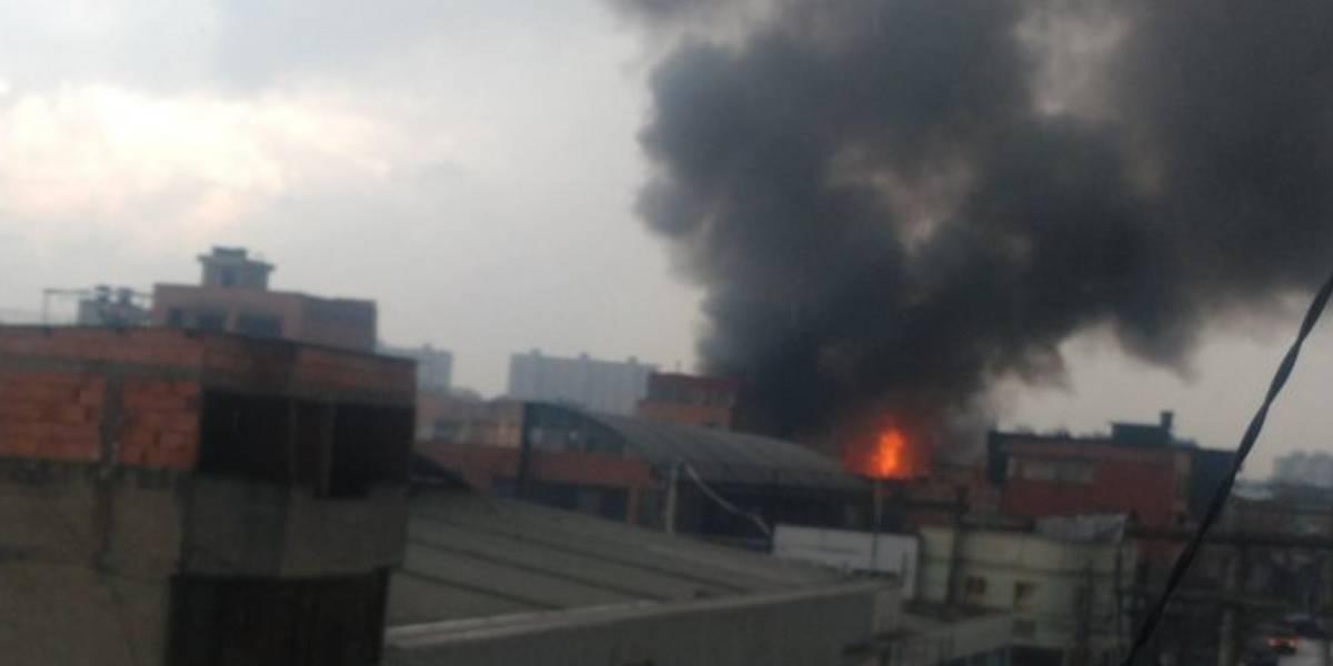 Reportan incendio en sector de Bogotá