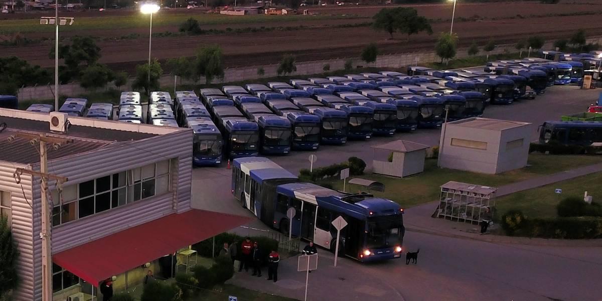 Metro, buses, terminales y taxis: todo el plan de Transportes para este fin de semana