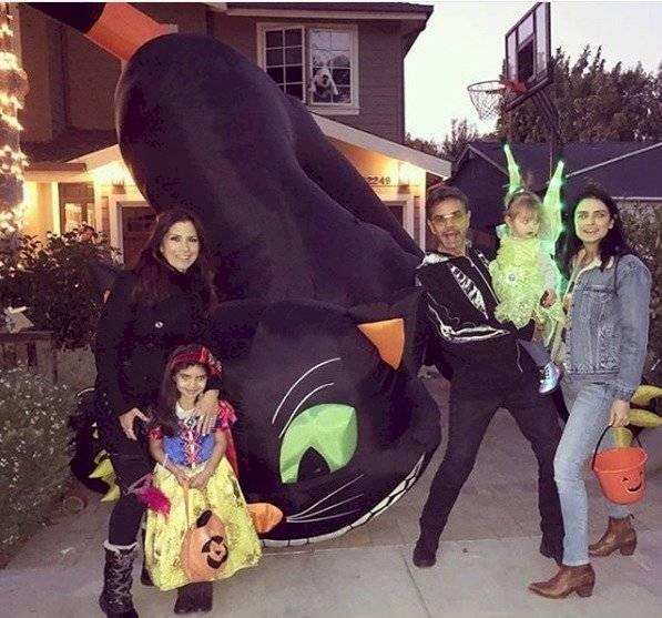 Eugenio Derbez y su familia. Instagram