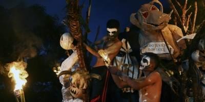 Celebran la Calabiuza en El Salvador
