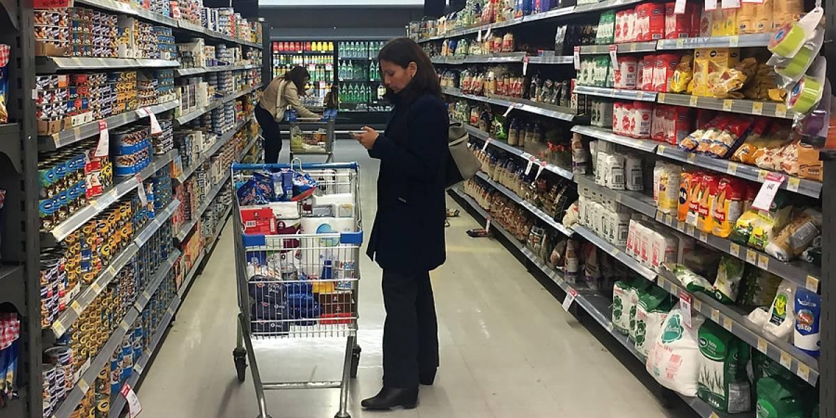 ¿Harán repartos desde allá? ONG asegura que supermercados españoles son más baratos que los chilenos