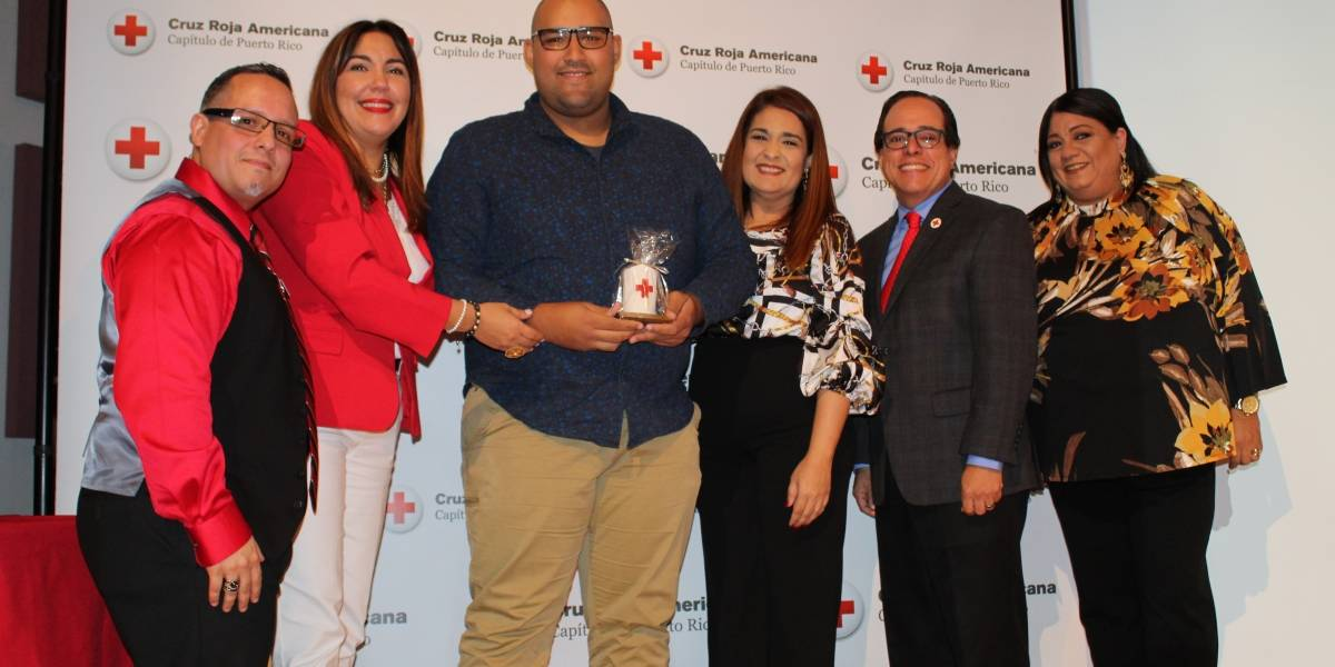 Cruz Roja Americana honra la labor de sus voluntarios