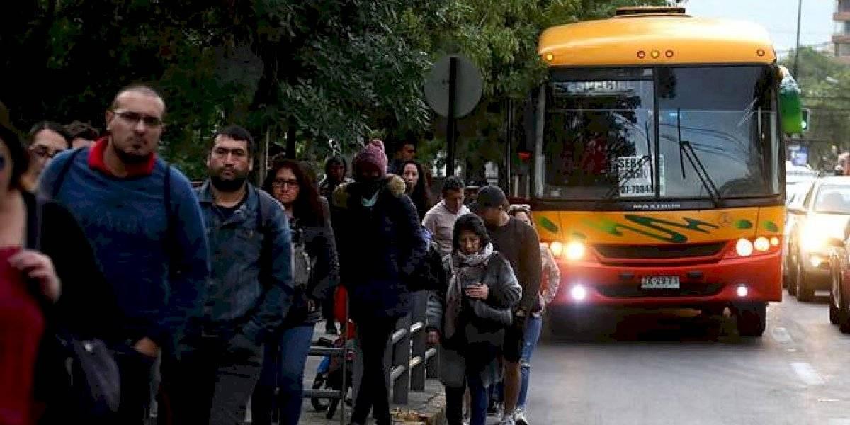 Revisa cómo funcionará el transporte este domingo: los servicios en terminales de buses serán reforzados