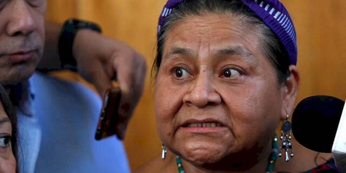 """Ganadora del Premio Nobel de la Paz, Rigoberta Menchú: """"Carabineros no puede actuar como niños jugando con pistolas de agua"""""""