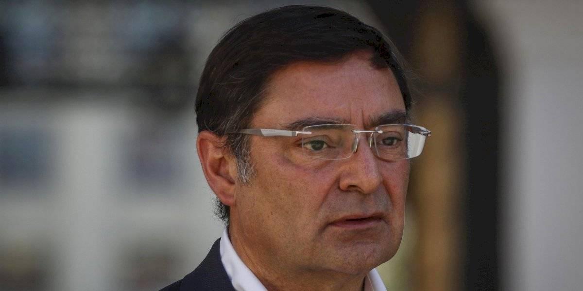 """Diputados ingresan acusación constitucional contra intendente Guevara: """"Su estrategia de copamiento de la Plaza Italia transgredió de manera flagrante la Constitución"""""""