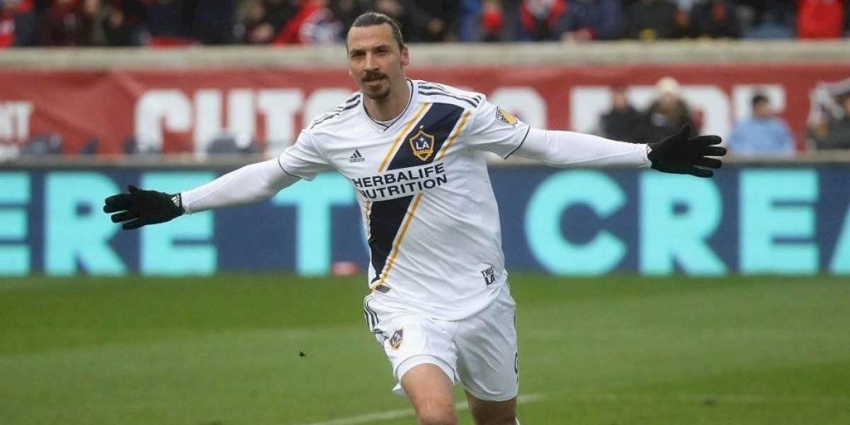 Bologna piensa en grande y Gary Medel podría tener como compañero a Zlatan Ibrahimovic