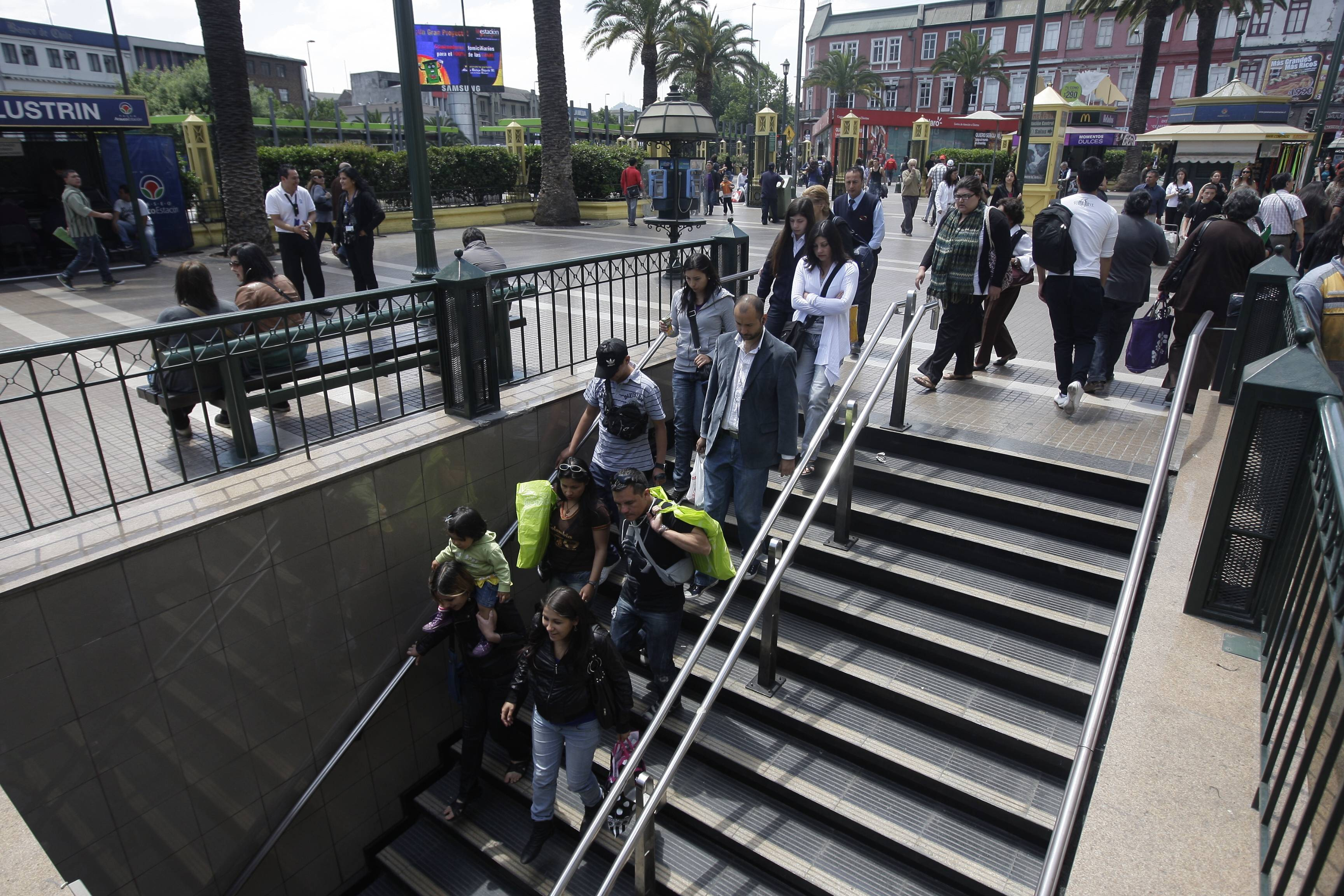 Metro Plaza de Armas