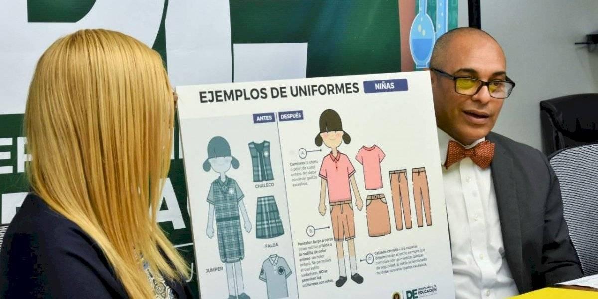 Anuncian cambios en los uniformes de escuelas públicas