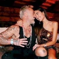 Las sexys fotos de la novia de Gianluca Vacchi