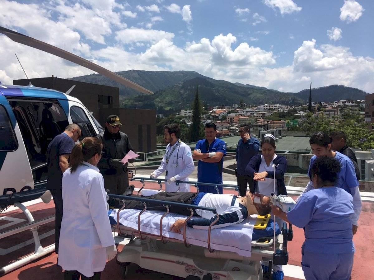 Una extranjera fallecida y dos heridos al caer en grieta del volcán Cotopaxi