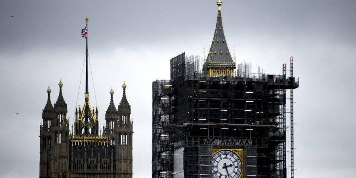 Gran Bretaña reduce nivel de amenaza terrorista
