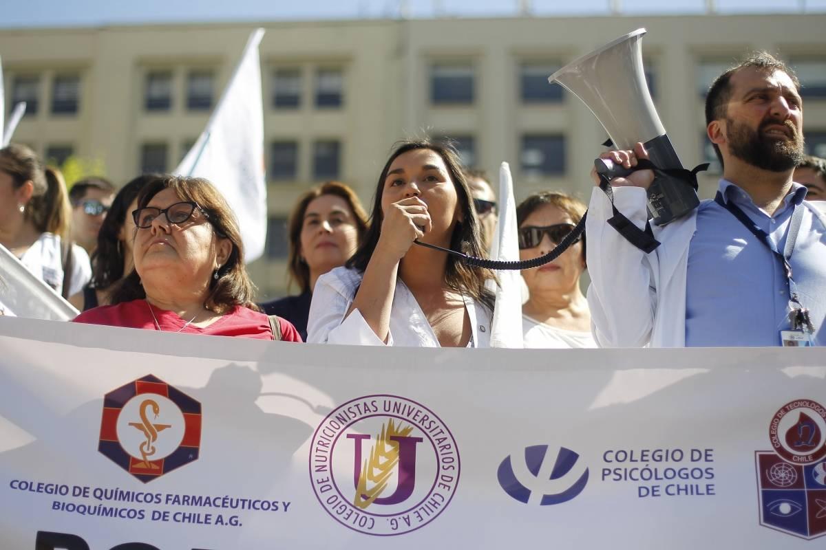 Colegio Médico se pone firme y sube a su web protocolo y formulario para informes de lesiones sobre Derechos Humanos