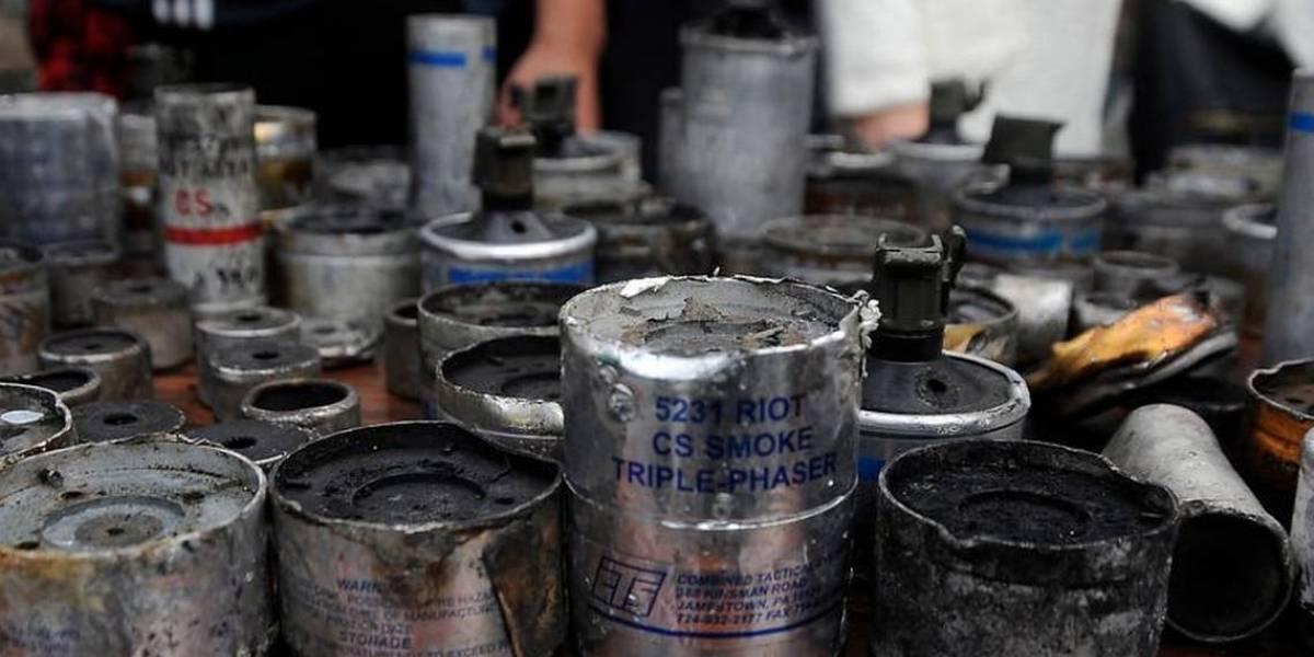 ¿Cuánto cuesta aproximadamente cada bomba lacrimógena que usa Carabineros?