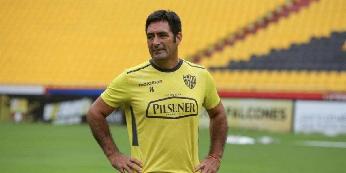 Nelson Tapia debutó como DT y logró meter a Barcelona en la Copa Libertadores 2020