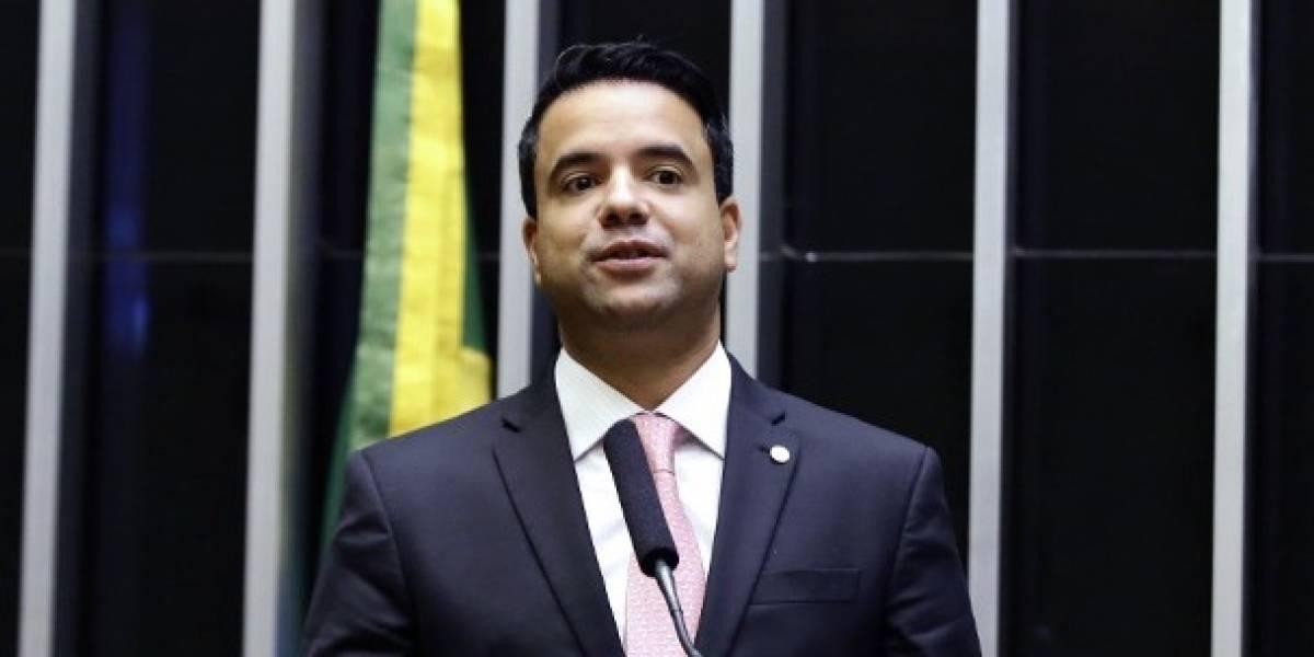 Em 10 meses, deputado federal gastou R$ 53 mil em combustível