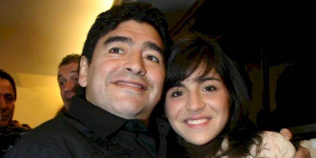 Hija de Maradona publica misteriosos mensajes sobre el estado de salud de su papá