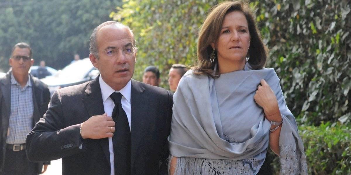 Calderón y Zavala defienden a su hijo por granjas de bots