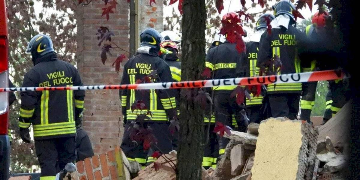 Fallecen 3 bomberos en explosión en un edificio en Italia