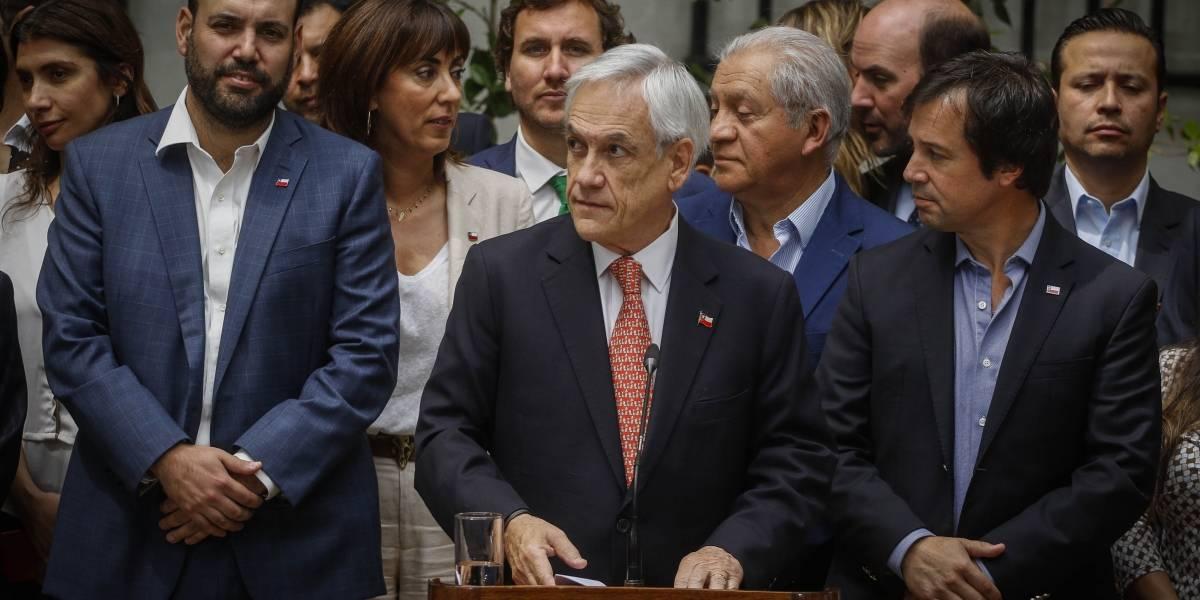 """Piñera llama a """"predicar con el ejemplo"""" con nuevo programa para ayudar a las pequeñas y medianas empresas"""