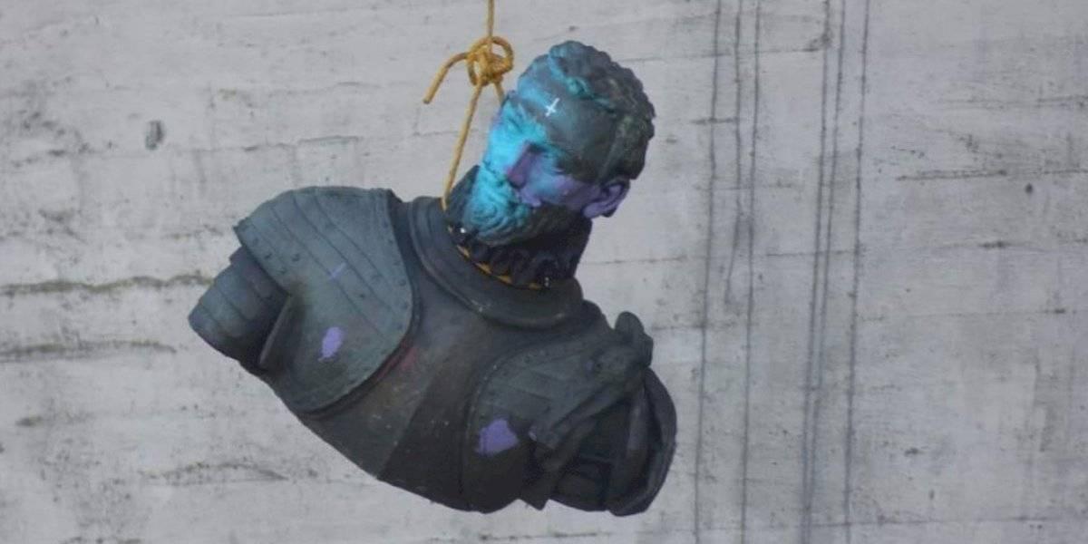 Las paradojas de la vida: la protesta que terminó con la estatua de Pedro de Valdivia arrojada desde el puente Pedro de Valdivia en Valdivia