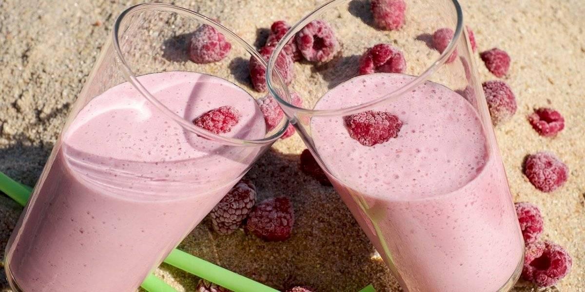 Batido vermelho para emagrecer: confira receita da bebida que é rica em vitamina C