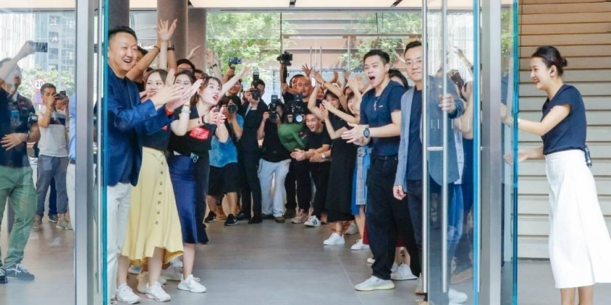 Huawei inaugura tienda inteligente e innovadora que supera expectativas